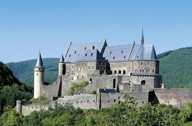 10 motivi per andare in vacanza a Lussemburgo.